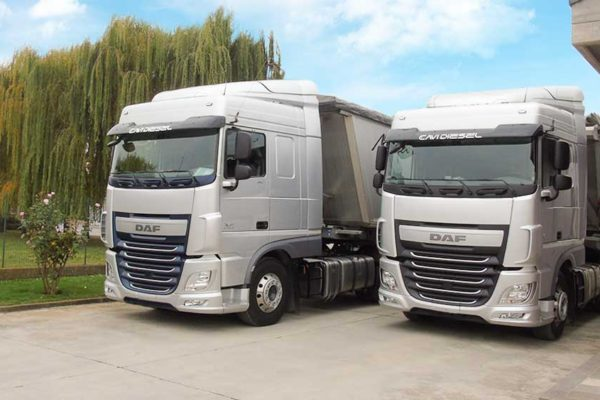 grezzi-autotrasporti-flotta-camion-autoarticolati